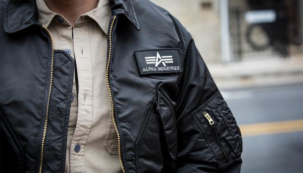 """Изображение: Демисезонные куртки """"Alpha Industries"""""""