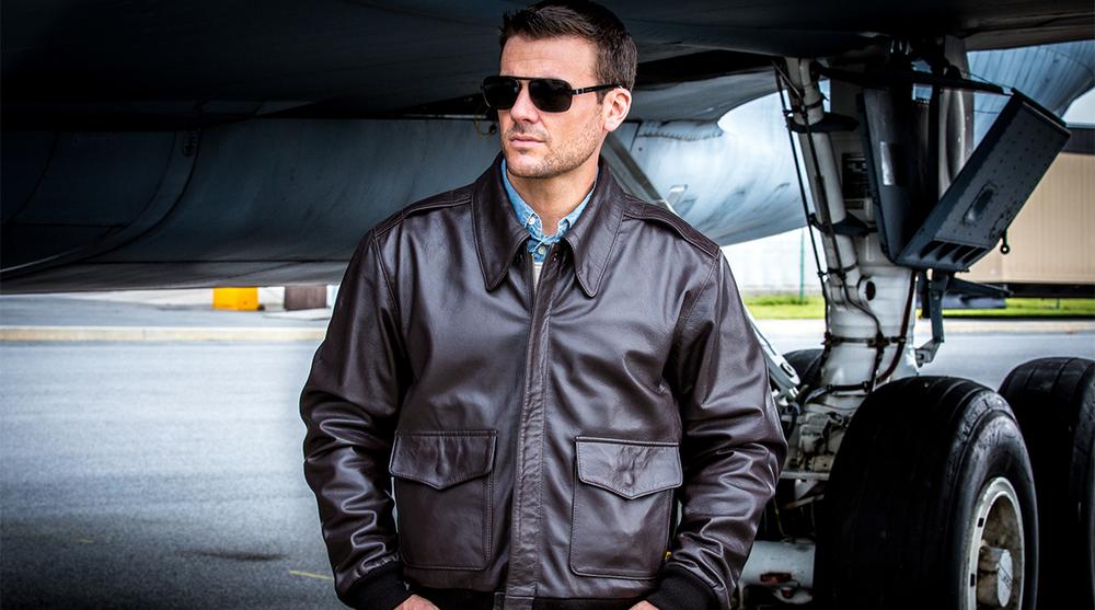 """Изображение: Кожаные демисезонные  куртки """"Alpha Industries"""". Особенности"""