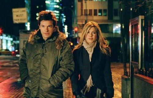 Джейсон Бейтман в куртке N-3B Parka (на прогулке с Дженифер Энистон)